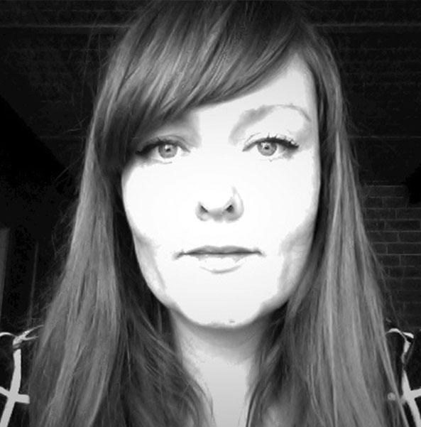 Photographic portrait of Debbie Pryor